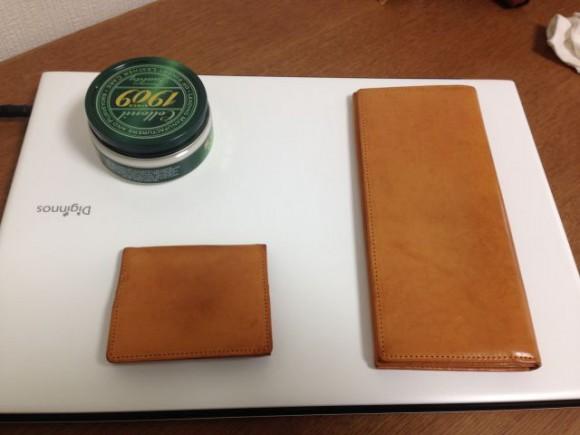 2年以上使ってきたココマイスター財布を1909クリームで磨きました
