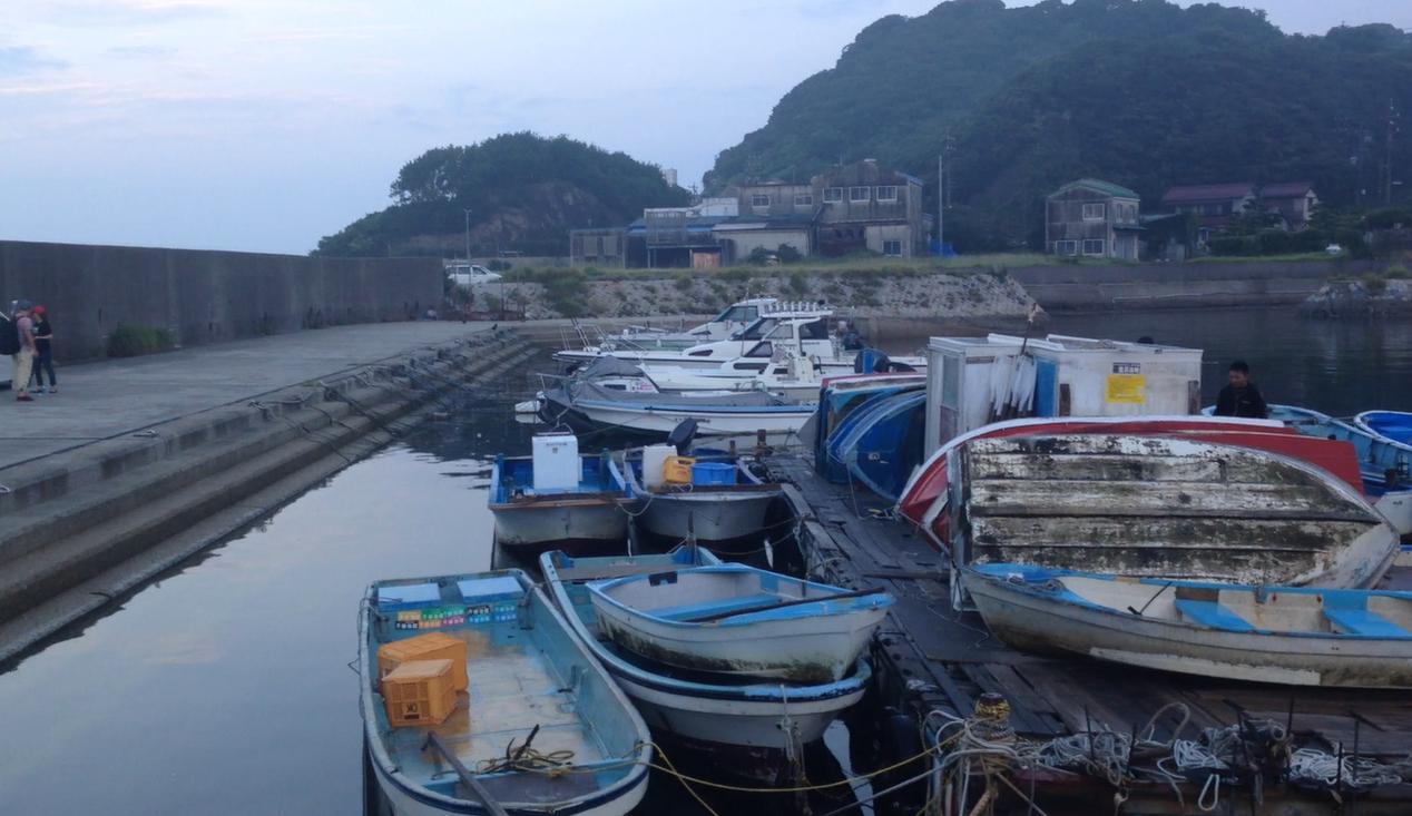 今回のエリアは南知多町の小佐漁港沖
