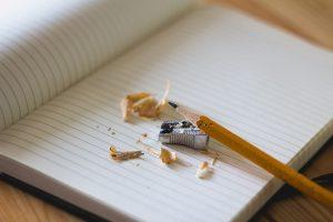 ブログ記事を書くのが遅い悩みを解決してくれる1冊の本
