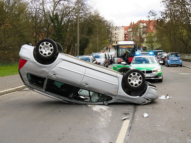 運転中まさかの事態に備える!ドライブレコーダーを選ぶときにチェックポイント