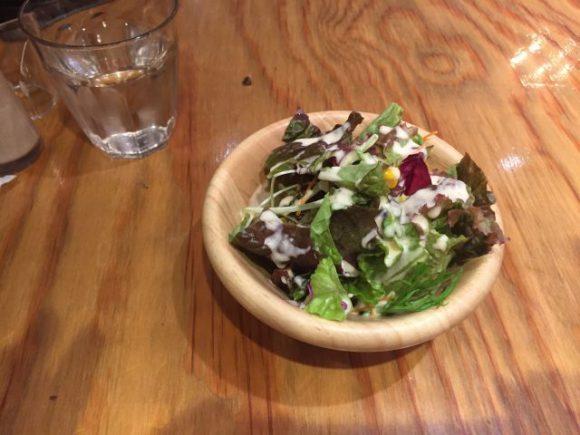 ゴールデンハンバーグ 名古屋駅ユニモール店 ランチのサラダ