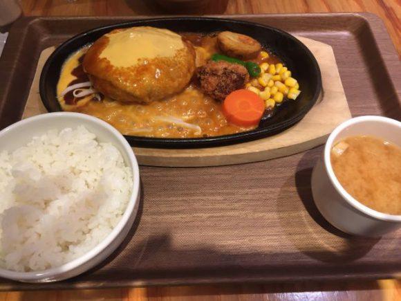 ゴールデンハンバーグ 名古屋駅ユニモール店で人気メニューWチーズオンチーズ