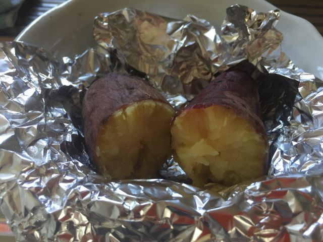 超簡単!最高にウマい焼き芋を作るオーブンの温度(紅はるか)